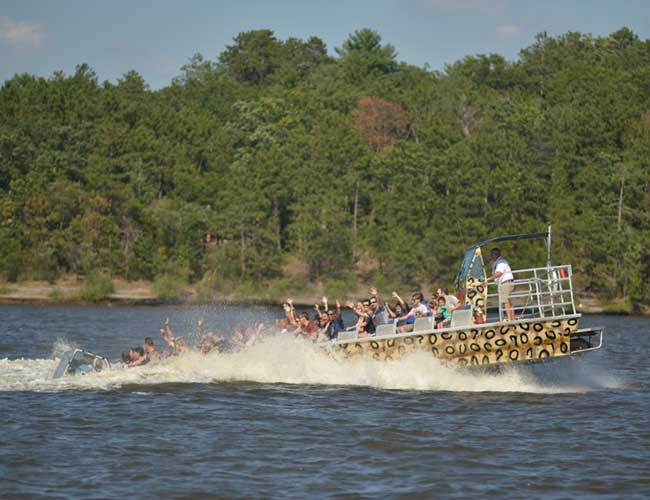 Wisconsin dells jet boat tour wild thing dells army ducks sciox Gallery