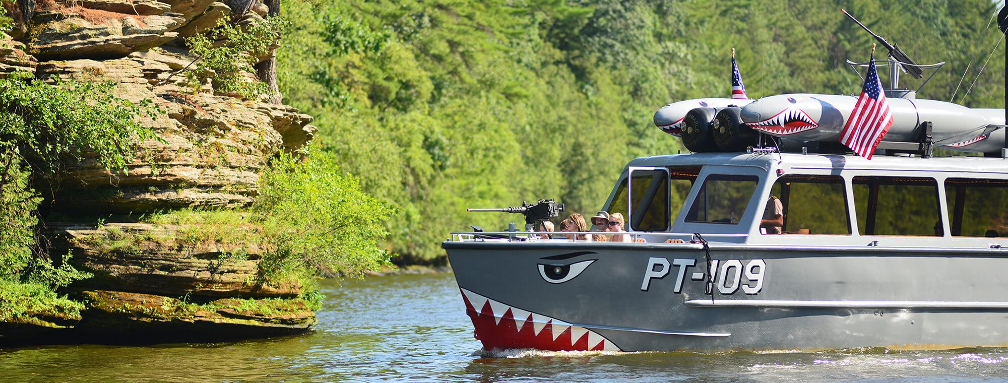 Boat Tours In The Upper Dells Dells Army Ducks